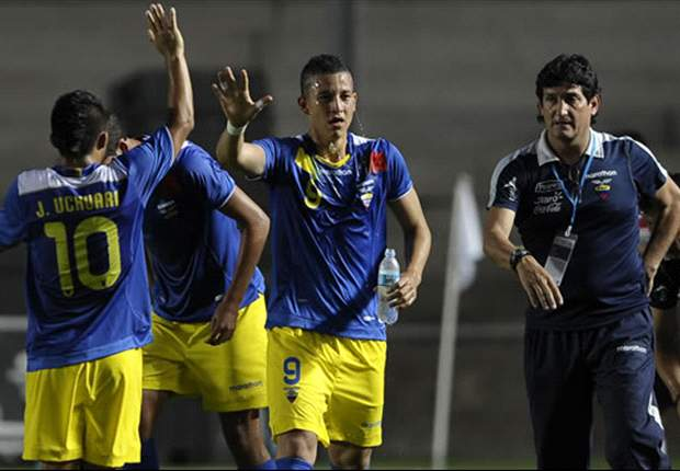 Udinese y Parma se interesan en Jonny Uchuari