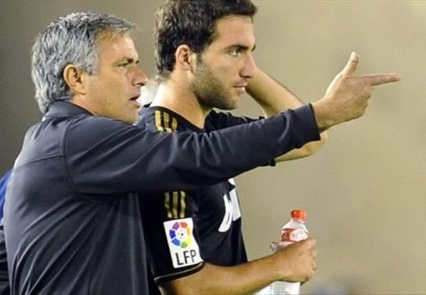 Mourinho castiga a Higuaín