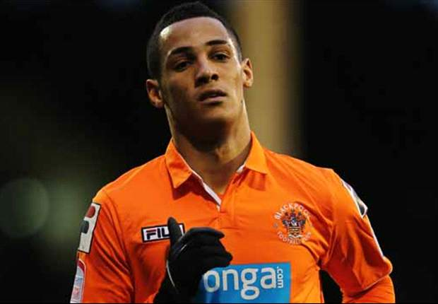 Reading make £8m bid for Liverpool target Tom Ince