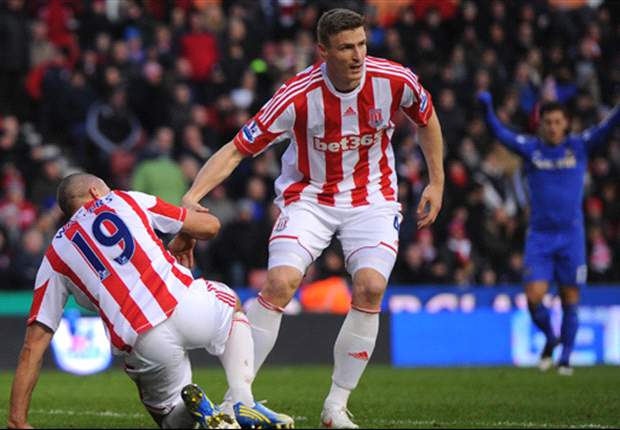 Huth welcomes battle for Stoke starting spot
