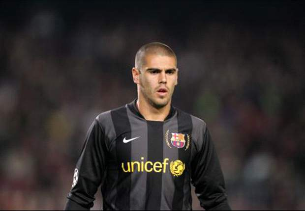 OFFICIAL: Victor Valdes Pens New Barcelona Deal