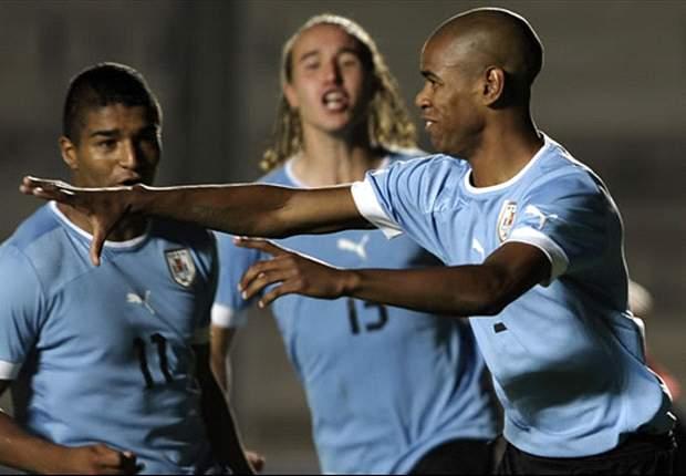 Uruguay va por confirmar su buen momento ante Ecuador