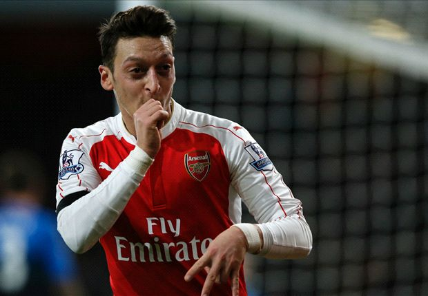 'Arsenal want to extend Ozil's contract - but Europe's top clubs want him'