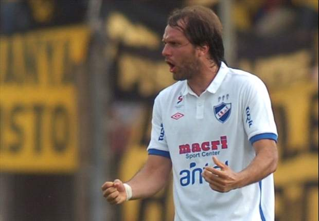 Jadson Viera se va de Nacional de Montevideo