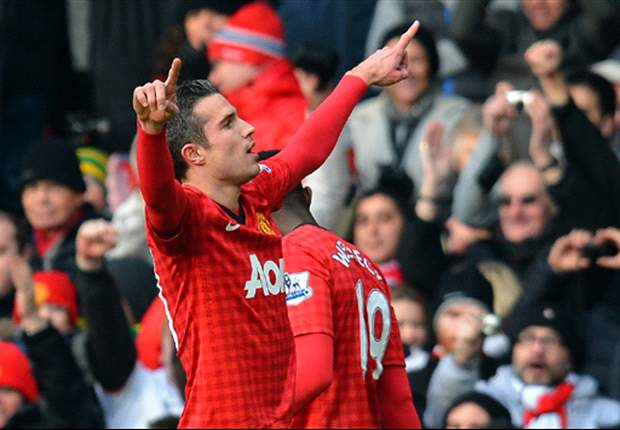 Van Persie in line for £250,000 bonus if Manchester United win Premier League title