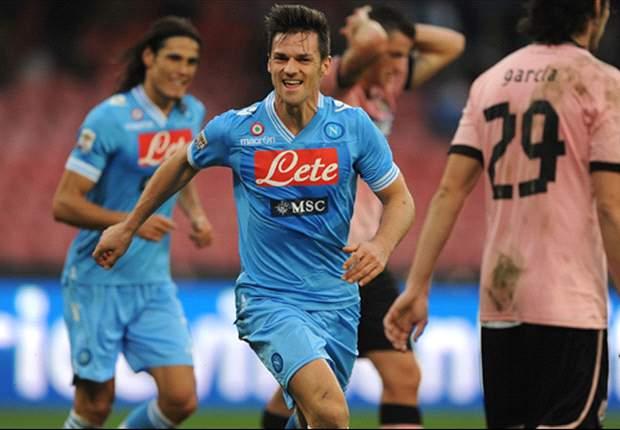 Napoli thuis te sterk voor Palermo: 3-0
