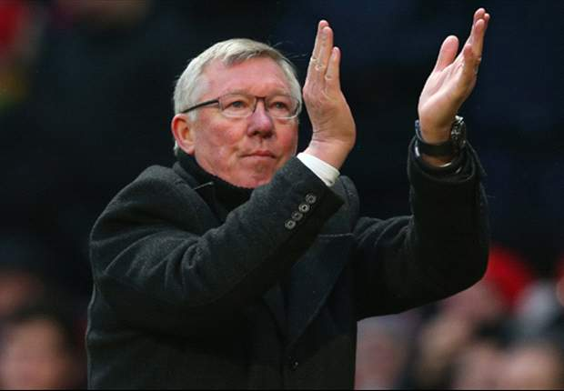 Sir Alex Ferguson has 100 per cent confidence in Manchester United's defence, insists Rio Ferdinand