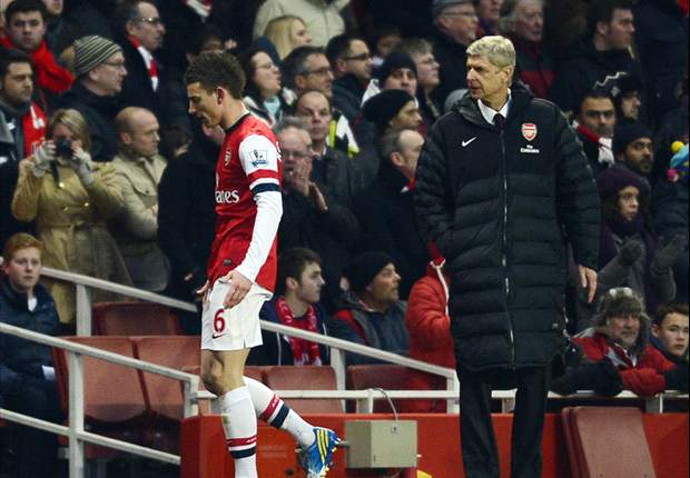 Wenger: Pre-season injury damaged Koscielny's early form
