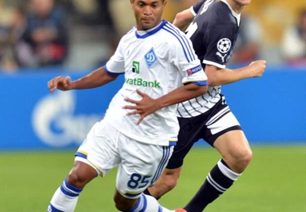 Raffael se junta ao Schalke 04