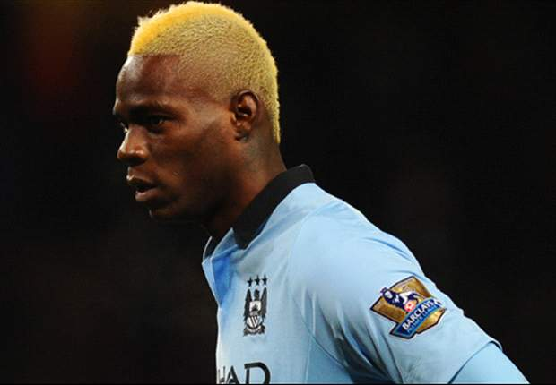 Manchester City boss Mancini: Balotelli stays