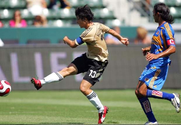 Home United sign former South Korean international Lee Kwan-Woo