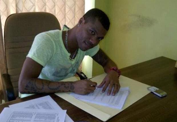 Hilton Moreira Teken Kontrak Sriwijaya FC