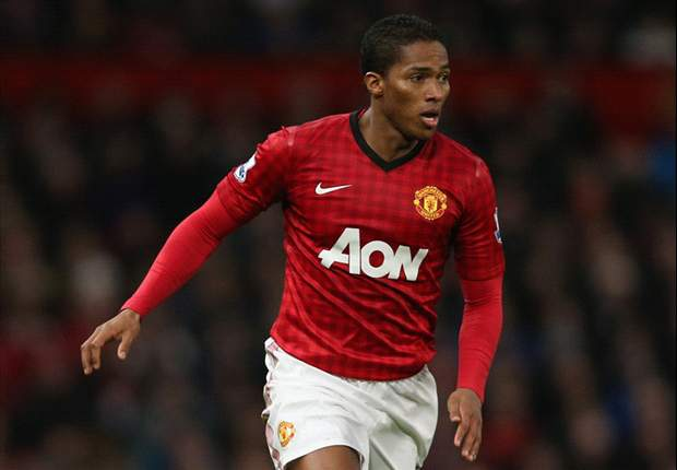 Valencia hoping to end career at Manchester United