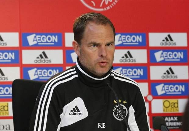 Frank De Boer Tak Khawatir Pemain Muda Ajax Hengkang