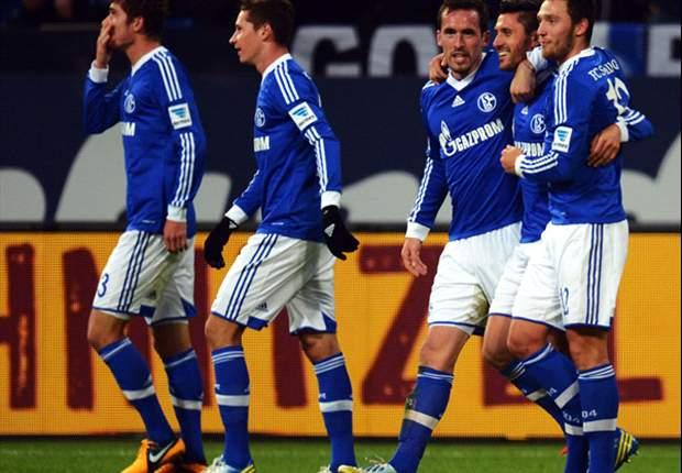 Schalke 04-Hannover 5-4: Brividi alla Veltins Arena, nella girandola di goal la spuntano i 'minatori'