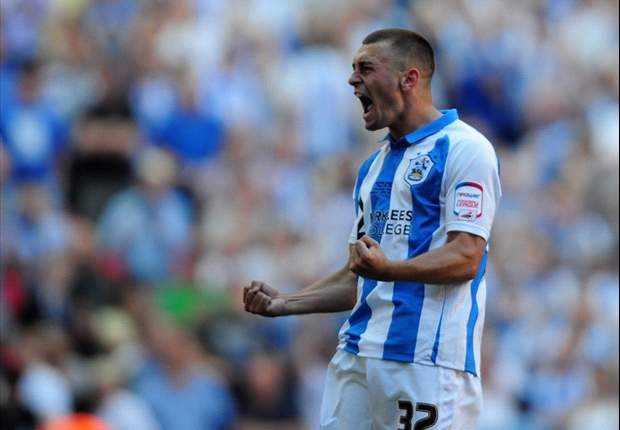 Huddersfield defender Jack Hunt flattered by Premier League interest