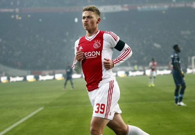 Ajax wil verlengen met Fischer en Eriksen