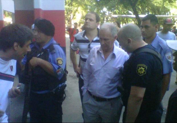 Se suspende el Rosario - Newell's por graves incidentes entre las aficiones