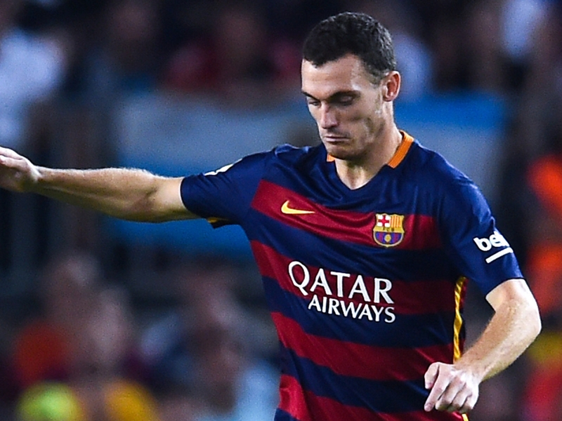 Barcelona team news: Vermaelen starts against Valencia with Pique banned