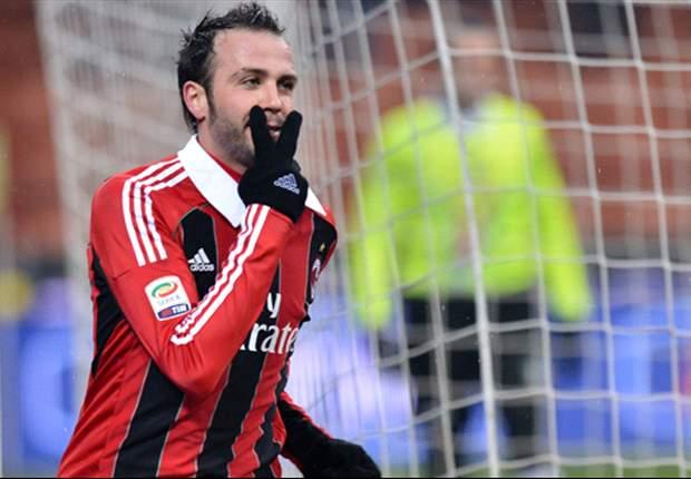 Calciomercato Juventus, Marotta riuscirà a regalare una punta a Conte? Ultimo tentativo per Lisandro, spunta Pazzini