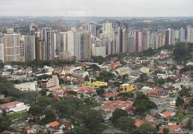In Curitiba soll 2014 der Ball rollen... auch pünktlich?