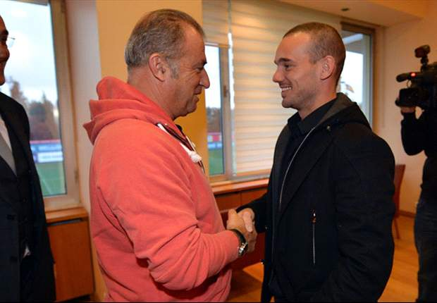 Sneijder: I'm proud to be a Galatasaray player