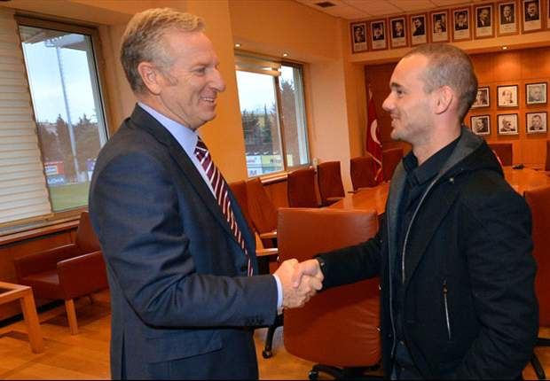 Sneijder: Mourinho told me to sign for Galatasaray