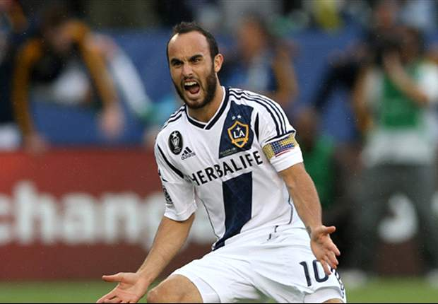 LA Galaxy 5-0 Chivas USA: Landon Donovan ties all-time MLS goalscoring record