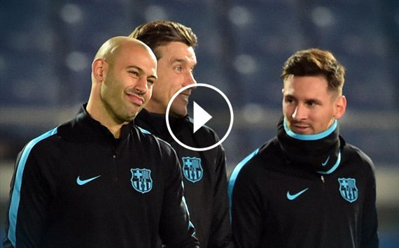 Messi humiliates Masche with a nutmeg