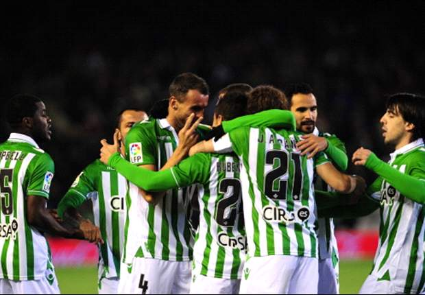 Real Betis 1-1 Athletic Bilbao: Aduriz earns a point despite Adrian's heroics