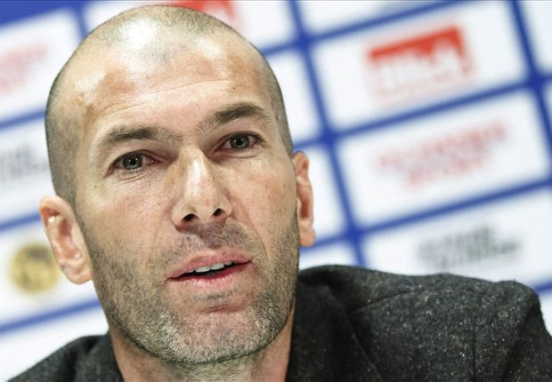 Zidane backs 'upset' Bale and promises him 'affection and support'