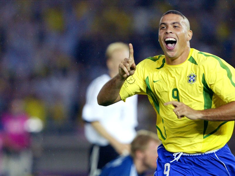 O Fenomeno - How Ronaldo won three Ballons d'Or