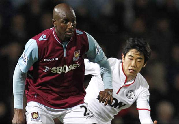 Alou Diarra criticises West Ham pre-season training after thigh injury