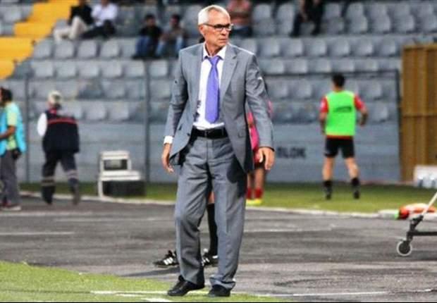 Héctor Cúper renuncia como entrenador del Ordusport