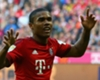 Douglas Costa assume o gol do Bayern