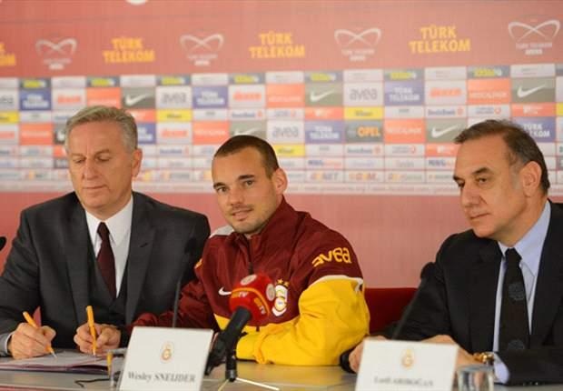 """Sneijder al Galatasaray, ecco le cifre ufficiali! Si parte con 4 milioni e una frecciatina all'Inter: """"Ha cambiato troppo"""""""