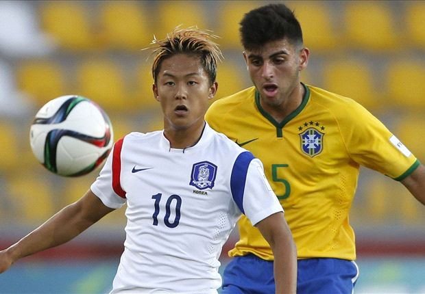 Seung-Woo Lee cleared to play for Barca