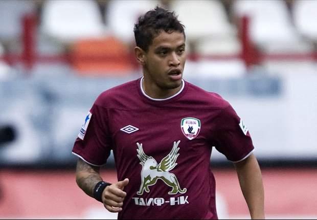 Flamengo apresenta oficialmente Carlos Eduardo