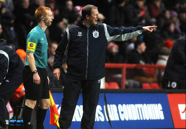 Huddersfield Town sack manager Grayson