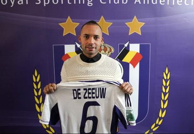 """De Zeeuw: """"Voel de ambitie bij Anderlecht"""""""