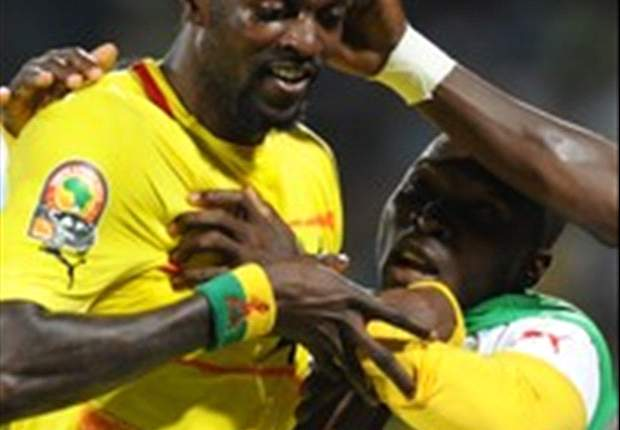 Tottenham striker Adebayor vows to continue with Togo
