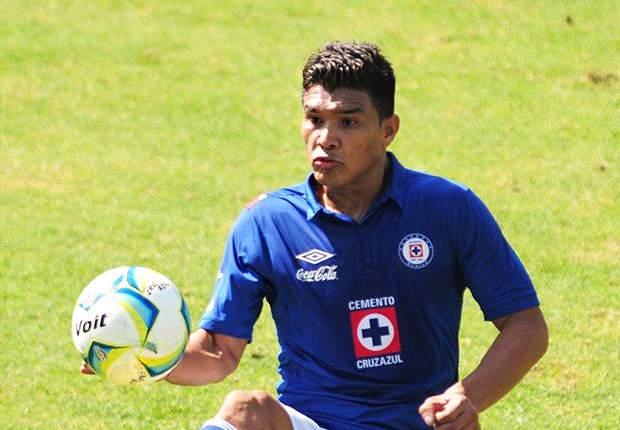 Teo Gutiérrez, por ahora, tiene la de Cruz Azul. ¿Se irá de México a River?