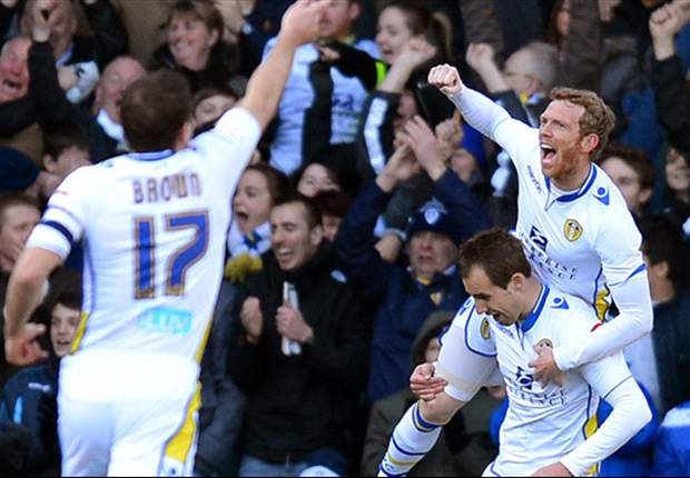 Leeds 2-1 Tottenham: Varney & McCormack shock Spurs to progress