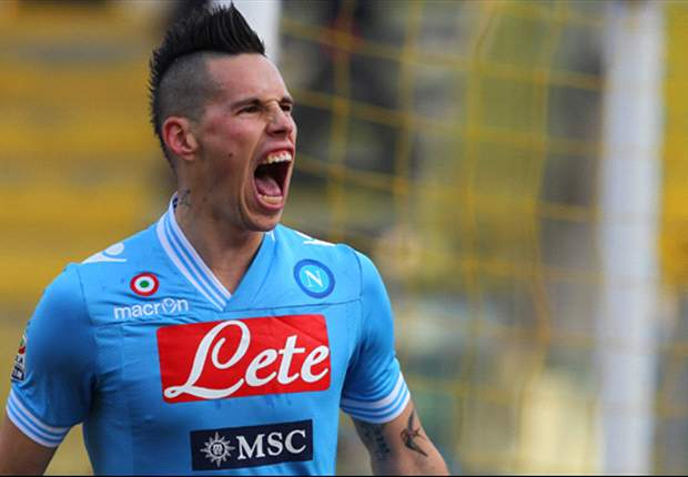 Cavani & Mazzarri must stay, says Hamsik