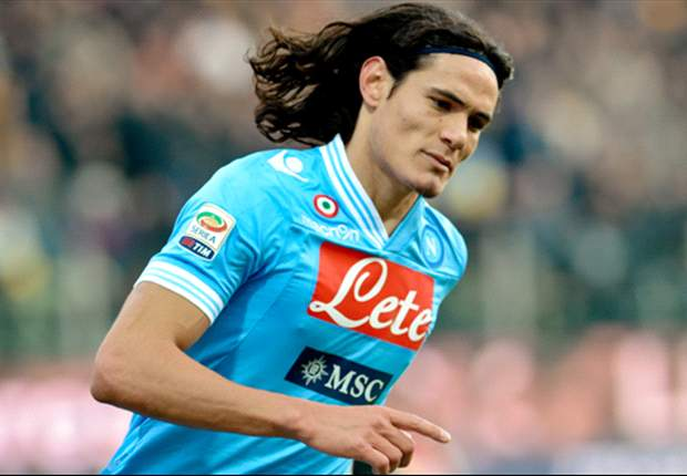 Real Madrid busca a Edinson Cavani