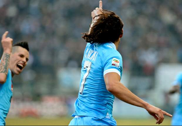 Cavani no descarta fichar por el Manchester City