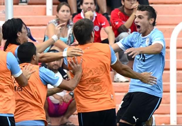 Uruguay se queda con partido clave ante Chile