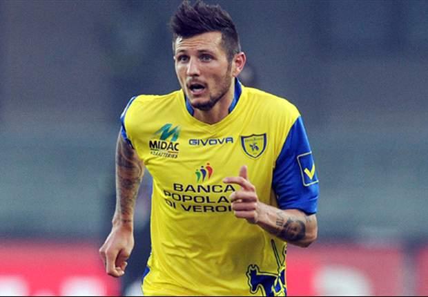 Striker Chievo Verona Lirik Duo Klub Roma