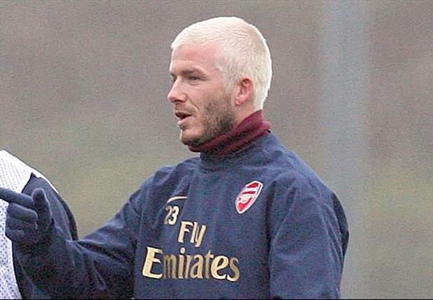 Sem clube definido, Beckham faz treinamento no Arsenal