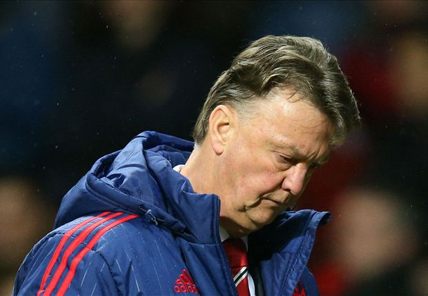 Van Gaal lại phải khiến M.U thi đấu quá vất vả